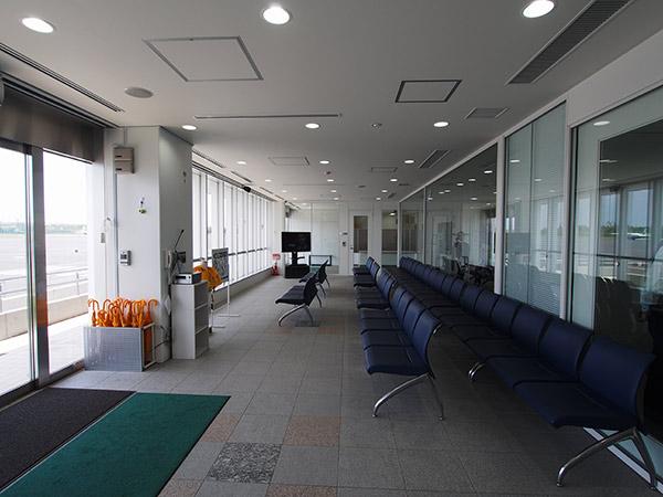 神津島へのアクセス・神津島空港