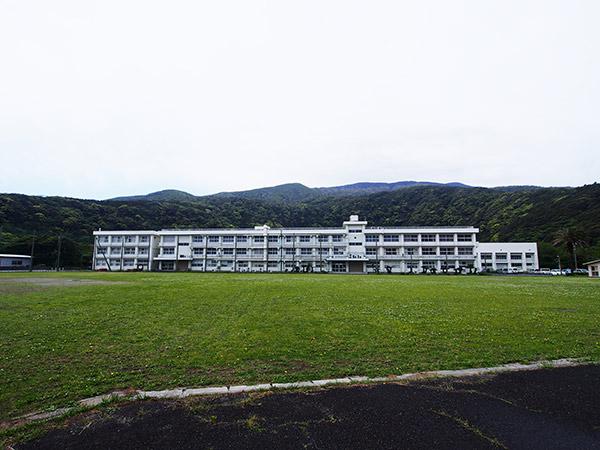 三宅高等学校